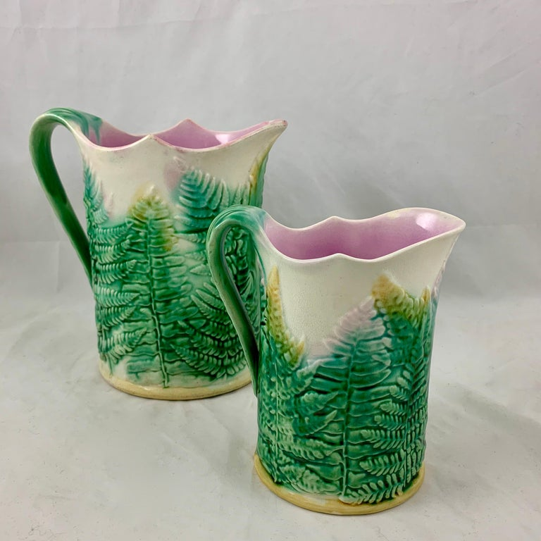 GS&H Etruscan American Majolica Green and White Fern Pitcher, circa 1880 For Sale 4