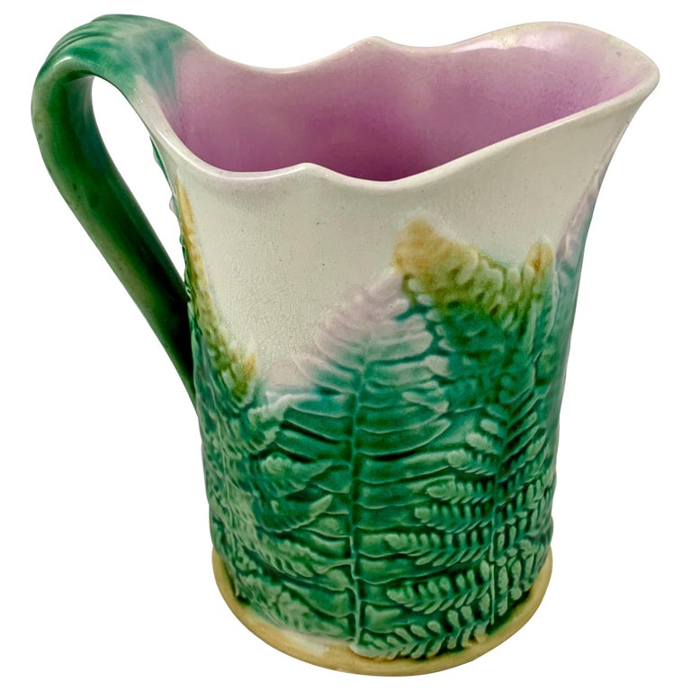 GS&H Etruscan American Majolica Green and White Fern Pitcher, circa 1880 For Sale
