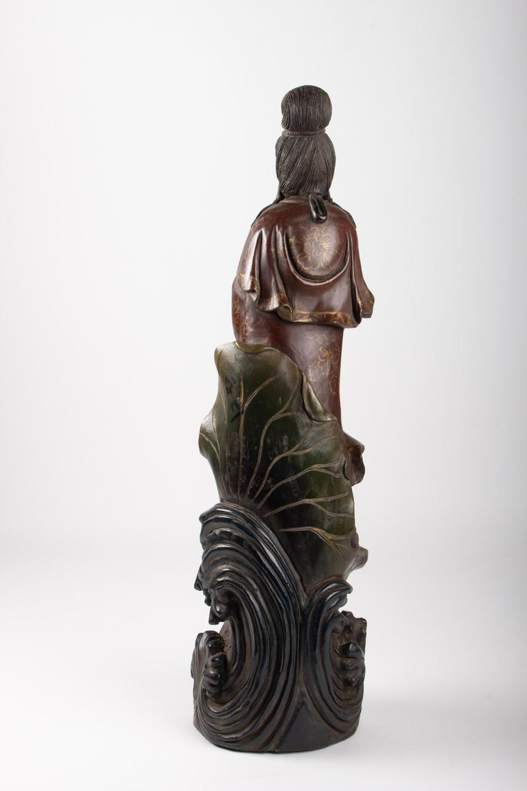 Guanyin in Carved Wood and Polichrome, China, Early 20th Century, Asian Art For Sale 1