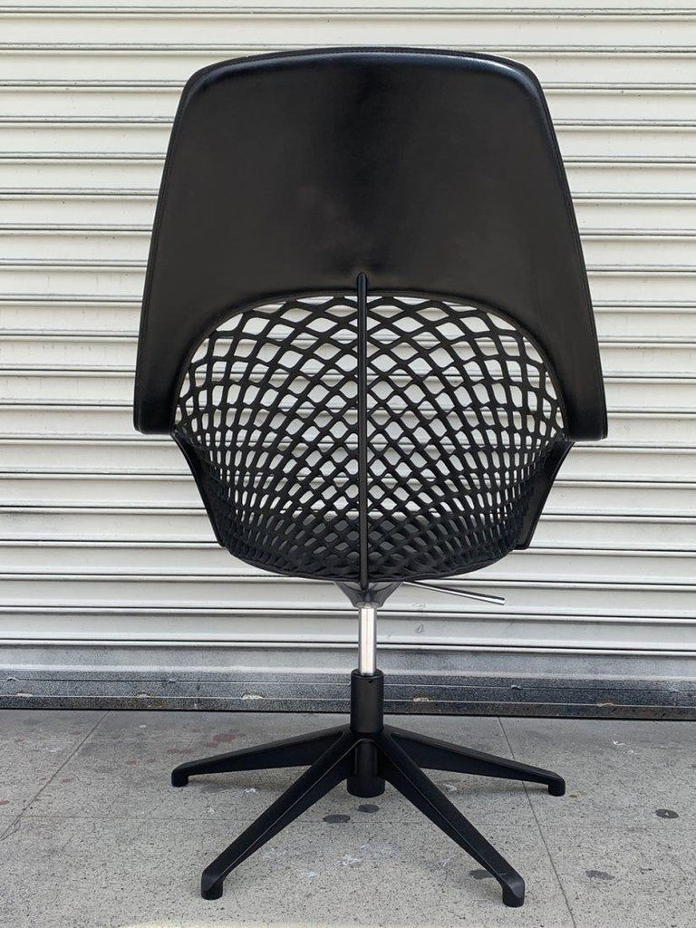 Modern Guapa Chair by Sempere Poli for Midj Spa Made in Italy For Sale