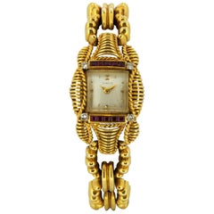 Gübelin 18 Karat Yellow Gold Manual Winding Wristwatch, Switzerland, circa 1930s