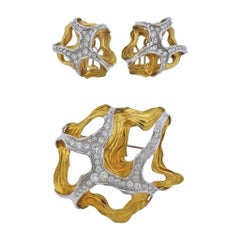 Gubelin 1970s Gold Diamond Earrings Brooch Set