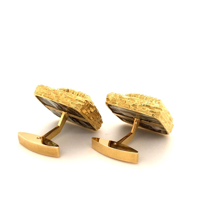 Women's or Men's Gübelin Abalone Pearl Yellow Gold Cufflinks For Sale