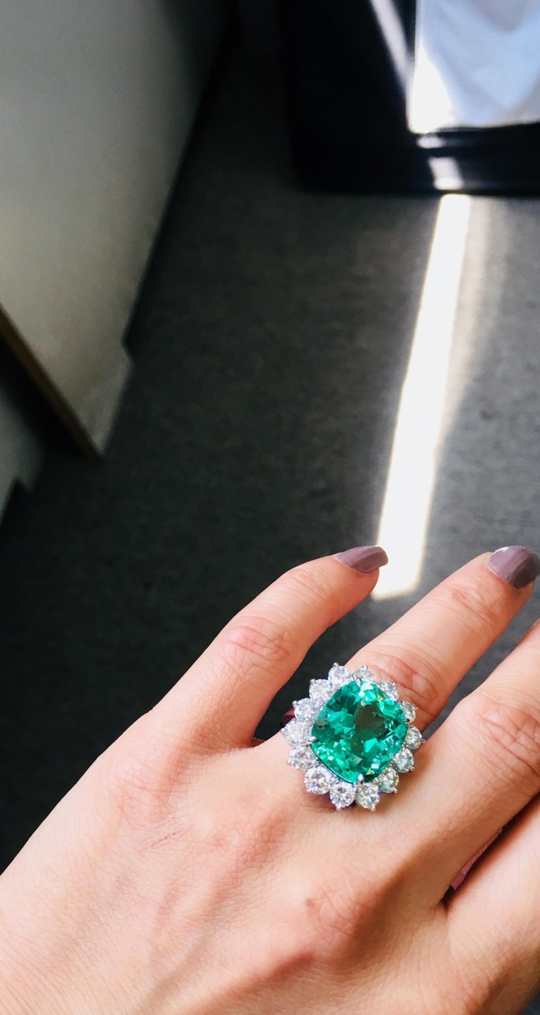Gubelin Certified 10.76 Carat Columbian Cushion Shaped Emerald and Diamond Ring For Sale 4