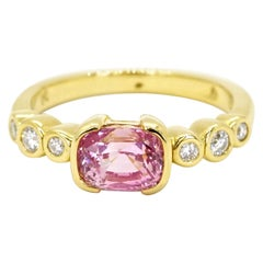 Gubelin Certified 2.11 Carats Orangy-Pink Padparadscha Sapphire Ring