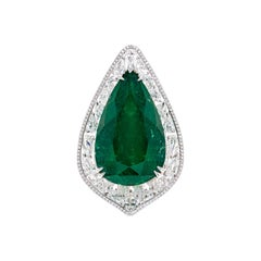 Gubelin Certified 31.16 Carat Colombian Emerald and Diamond Ring in 18K Gold