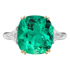 Gubelin Certified 5.65 Carat Untreated No Oil Colombian Emerald Ring