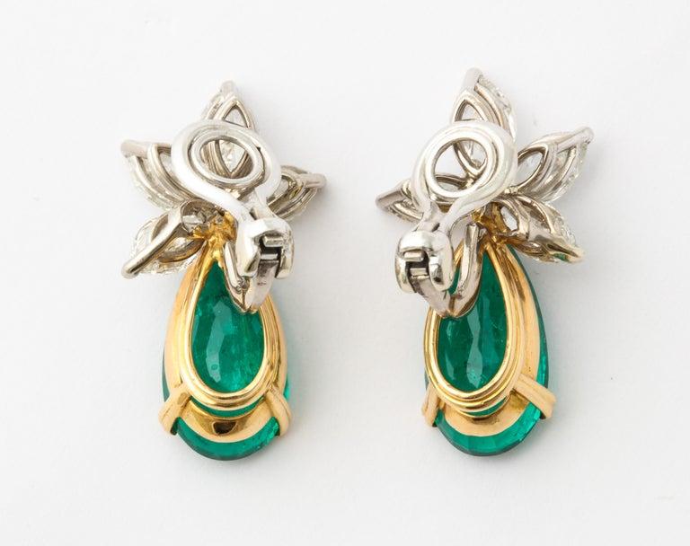 Pear Cut Gubelin Certified Colombian Emerald Diamond Earrings For Sale