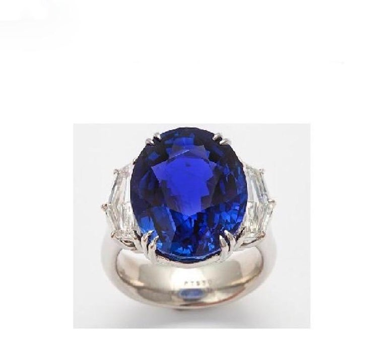 The beauty of nature is epitomized in this spectacularly cut oval Burmese sapphire (app. 18cts).  Certified as having not undergone any heat treatment, the stone has further earned Gübelin's prestigious classification of