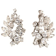 Gubelin Cluster Earrings with Diamonds in White Gold