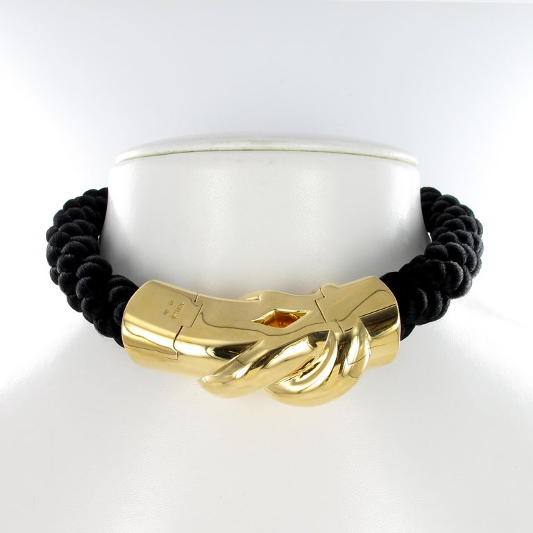 Women's or Men's Gubelin Cord Necklace with Knot in 18 Karat Yellow Gold For Sale