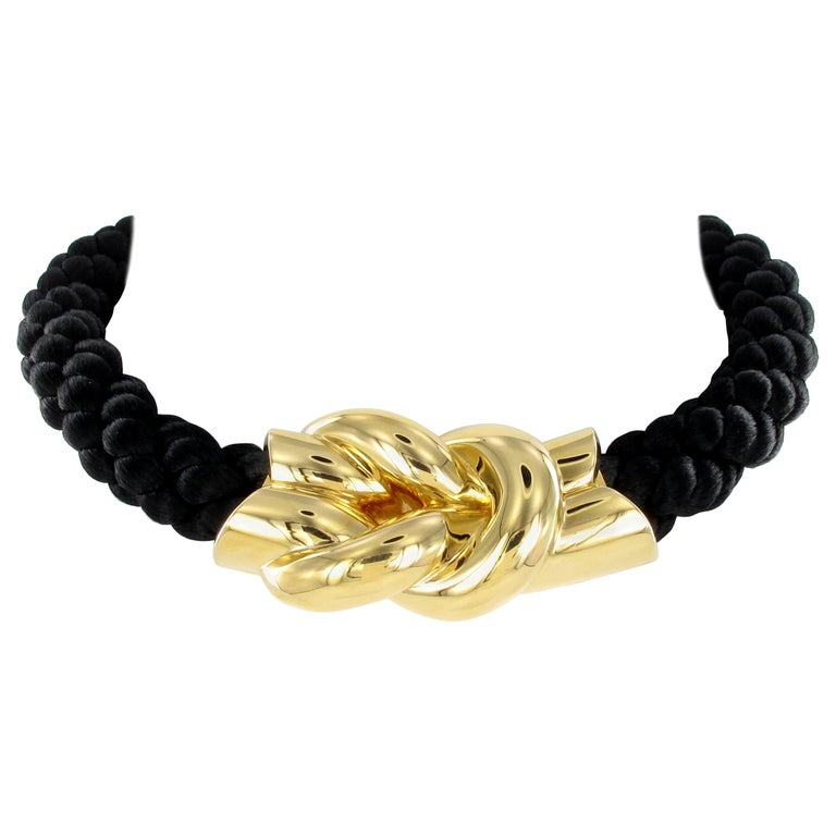 Gubelin Cord Necklace with Knot in 18 Karat Yellow Gold For Sale