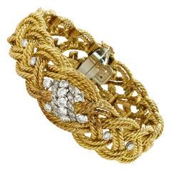 Gübelin Diamond Bracelet in 18 Karat Yellow Gold and Platinum