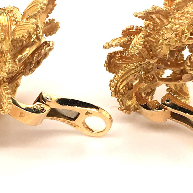 Gubelin Diamond Earclips in 18 Karat Yellow and White Gold For Sale 4