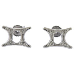 Gubelin Gold Diamond Gemini Zodiac Sign Stud Earrings