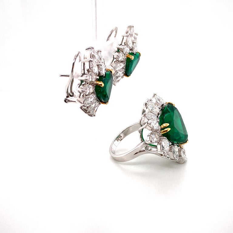 Women's or Men's Gubelin Lab Certified Heart Shaped Emerald and Diamonds Ring and Earrings Set For Sale