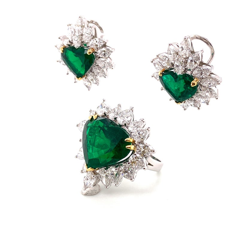 Gubelin Lab Certified Heart Shaped Emerald and Diamonds Ring and Earrings Set For Sale 2