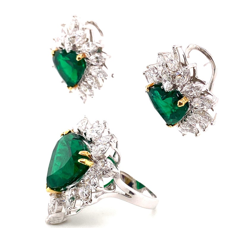 Gubelin Lab Certified Heart Shaped Emerald and Diamonds Ring and Earrings Set For Sale 3