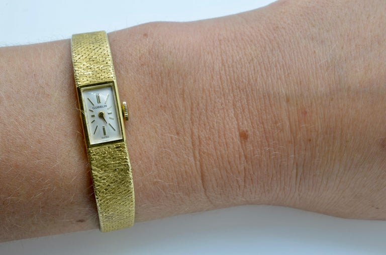 Gubelin Ladies 18 Karat Texture 1970s Swiss Watch Mechanical For Sale 10
