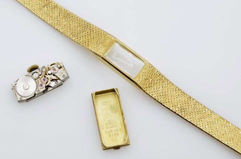 Gubelin Ladies 18 Karat Texture 1970s Swiss Watch Mechanical For Sale 3