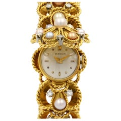 Gubelin Vintage 18 Karat Yellow Gold Perls and Diamonds Ladies Watch 1.30 Carat