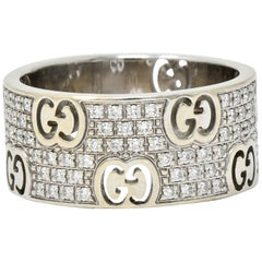Gucci 1.25 Carats Pave Diamond 18 Karat Gold Stardust Band Ring