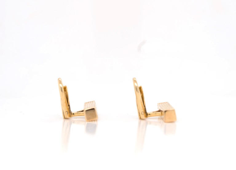 Gucci 18 Karat Gold Bar Cufflinks For Sale 1