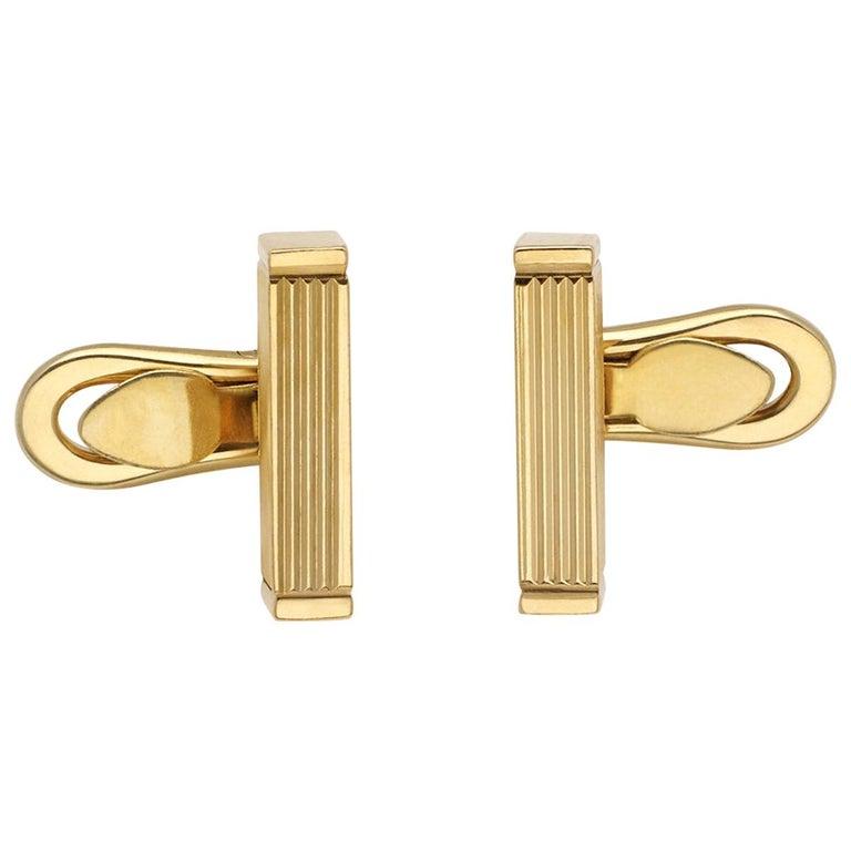 Gucci 18 Karat Gold Bar Cufflinks For Sale