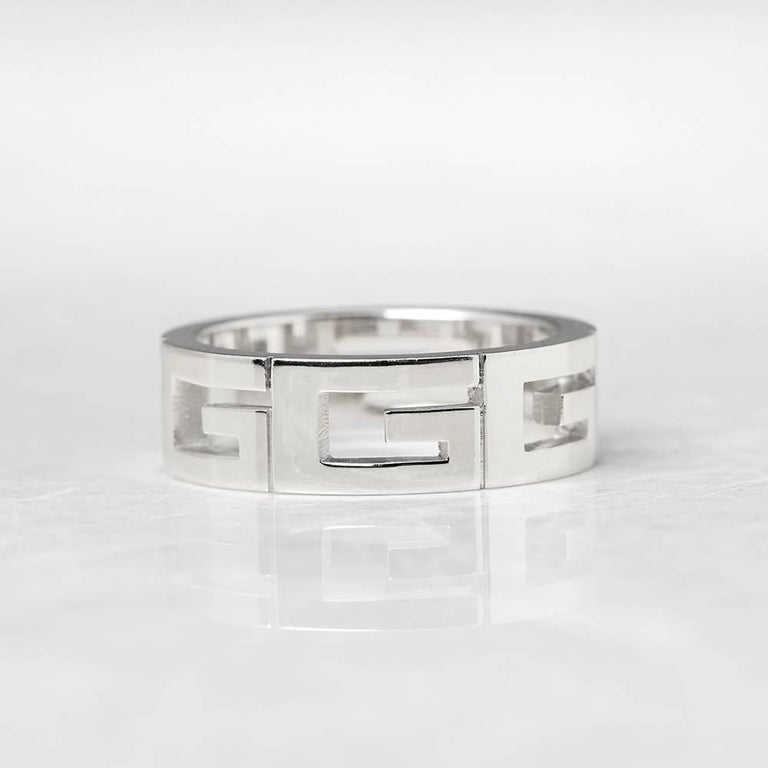 4449ac96ec22 Gucci 18 Karat White Gold G Logo Men s Band Ring In Excellent Condition For  Sale In