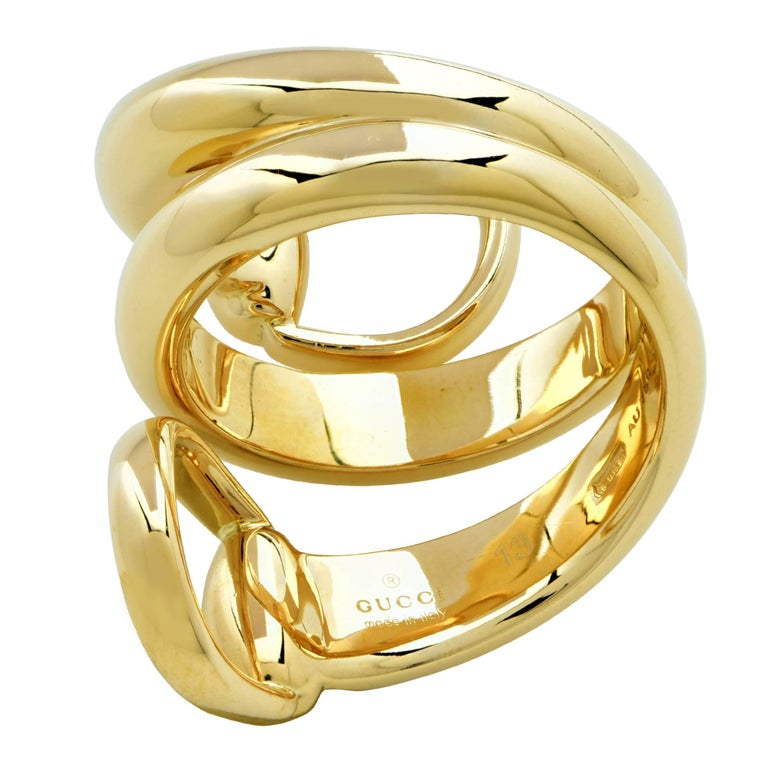 c1d541eb4 Gucci 18 Karat Yellow Gold Horsebit Ring In Excellent Condition For Sale In  Miami, FL
