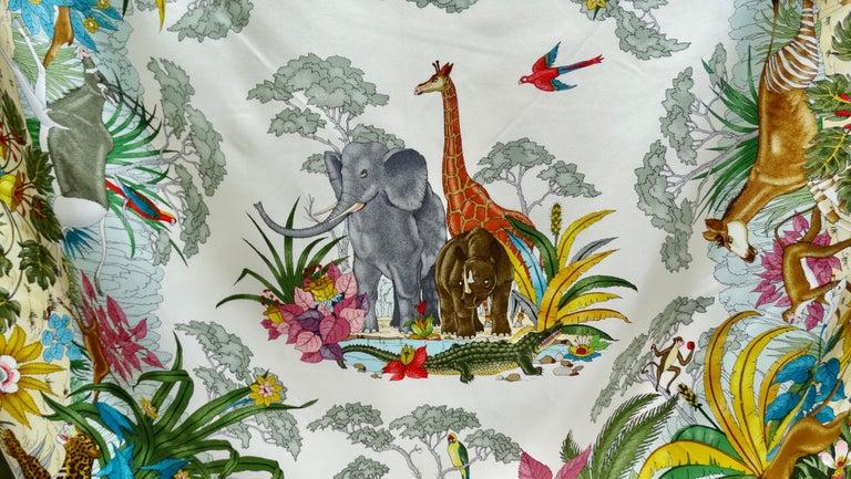 Women's or Men's Gucci 1970s V.Accornero Jungle Print Scarf For Sale