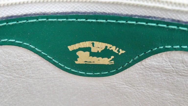 Women's or Men's Gucci 1980s Flora Crossbody Bag For Sale