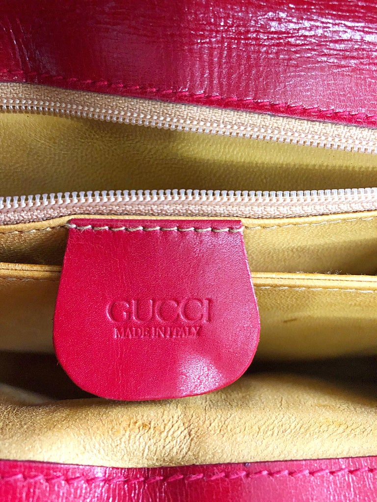 Gucci 1990s Lipstick Red Leather Vintage 90s Purse Handbag Satchel Bag In Excellent Condition For Sale In Chicago, IL