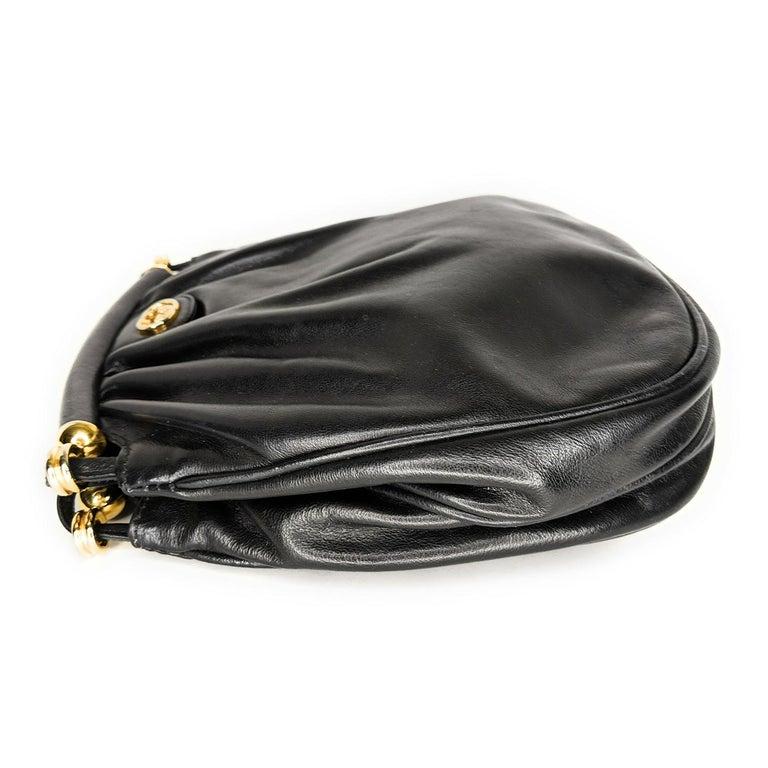Women's Gucci 70s Vintage Black Leather Interlocking G Shoulder Bag For Sale