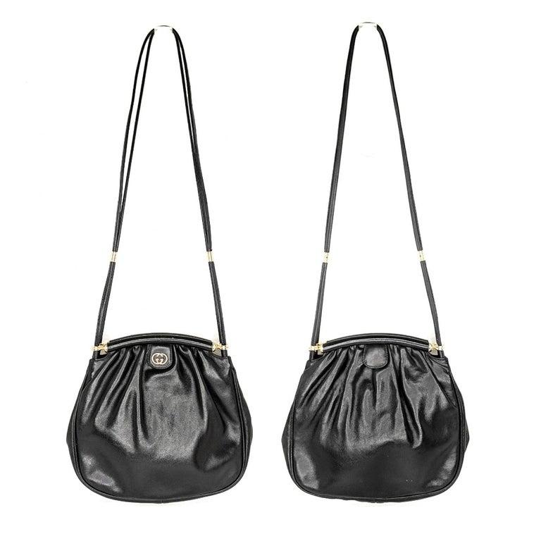 Gucci 70s Vintage Black Leather Interlocking G Shoulder Bag For Sale 2