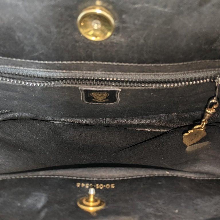 Gucci 70s Vintage Black Leather Interlocking G Shoulder Bag For Sale 4