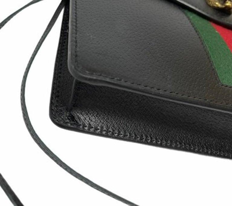 Gucci Animalier Shoulder Bag in Rigid Black Leather with Golden Hardware For Sale 6