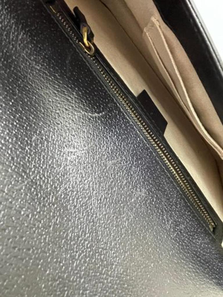 Gucci Animalier Shoulder Bag in Rigid Black Leather with Golden Hardware For Sale 8