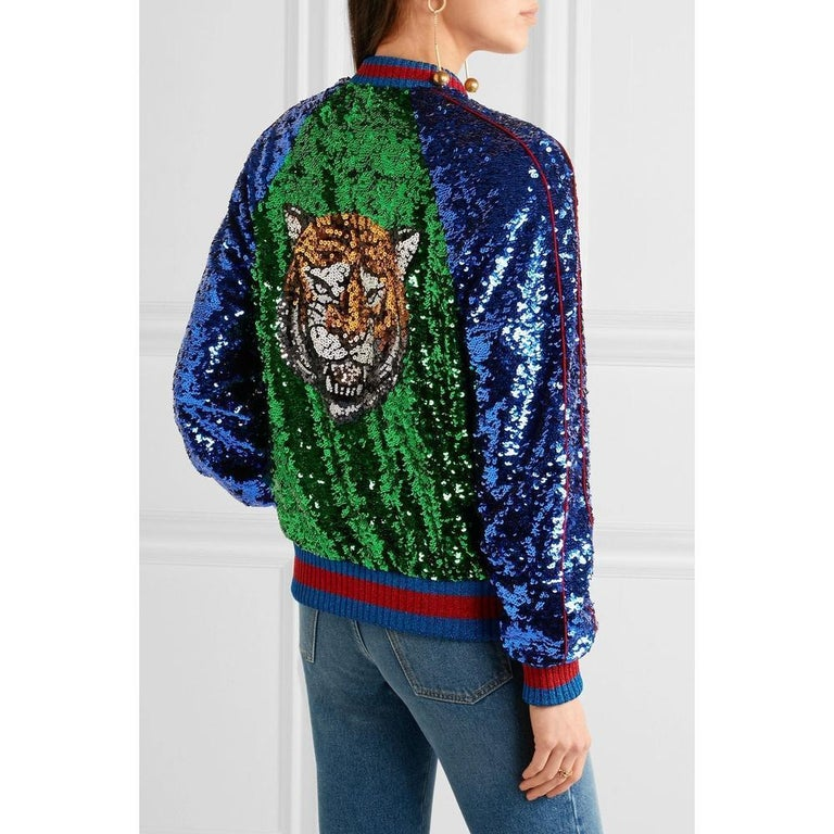 GUCCI Appliquéd Sequinned Tulle and Satin Bomber Jacket IT38 US 2-4 In New Condition For Sale In Brossard, QC