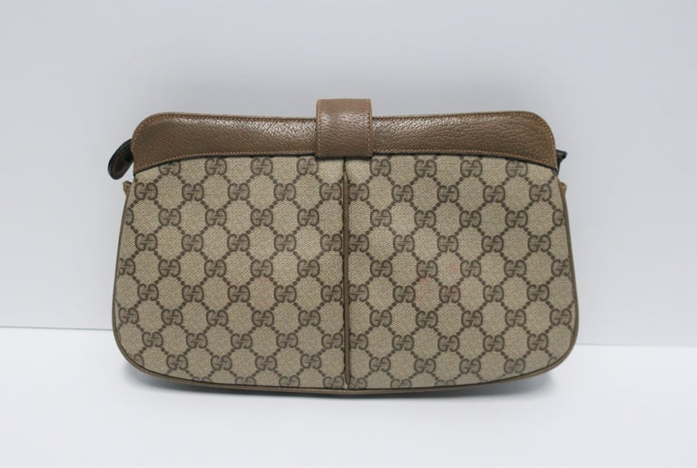bc821e2ac95d Gucci Bag Clutch For Sale at 1stdibs