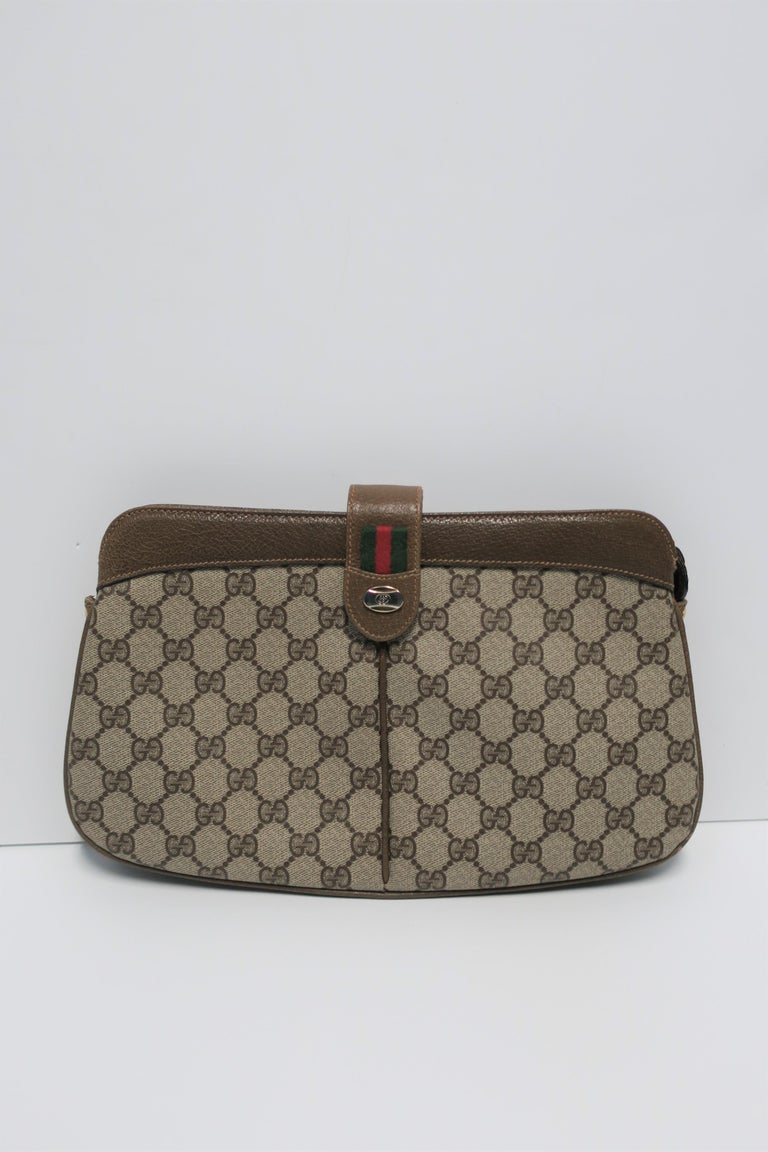 Gucci Bag Clutch In Good Condition For Sale In New York, NY