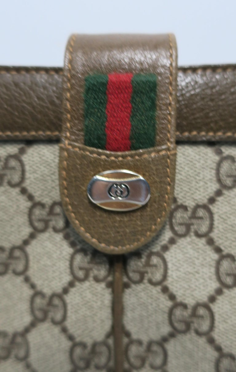 20th Century Gucci Bag Clutch For Sale
