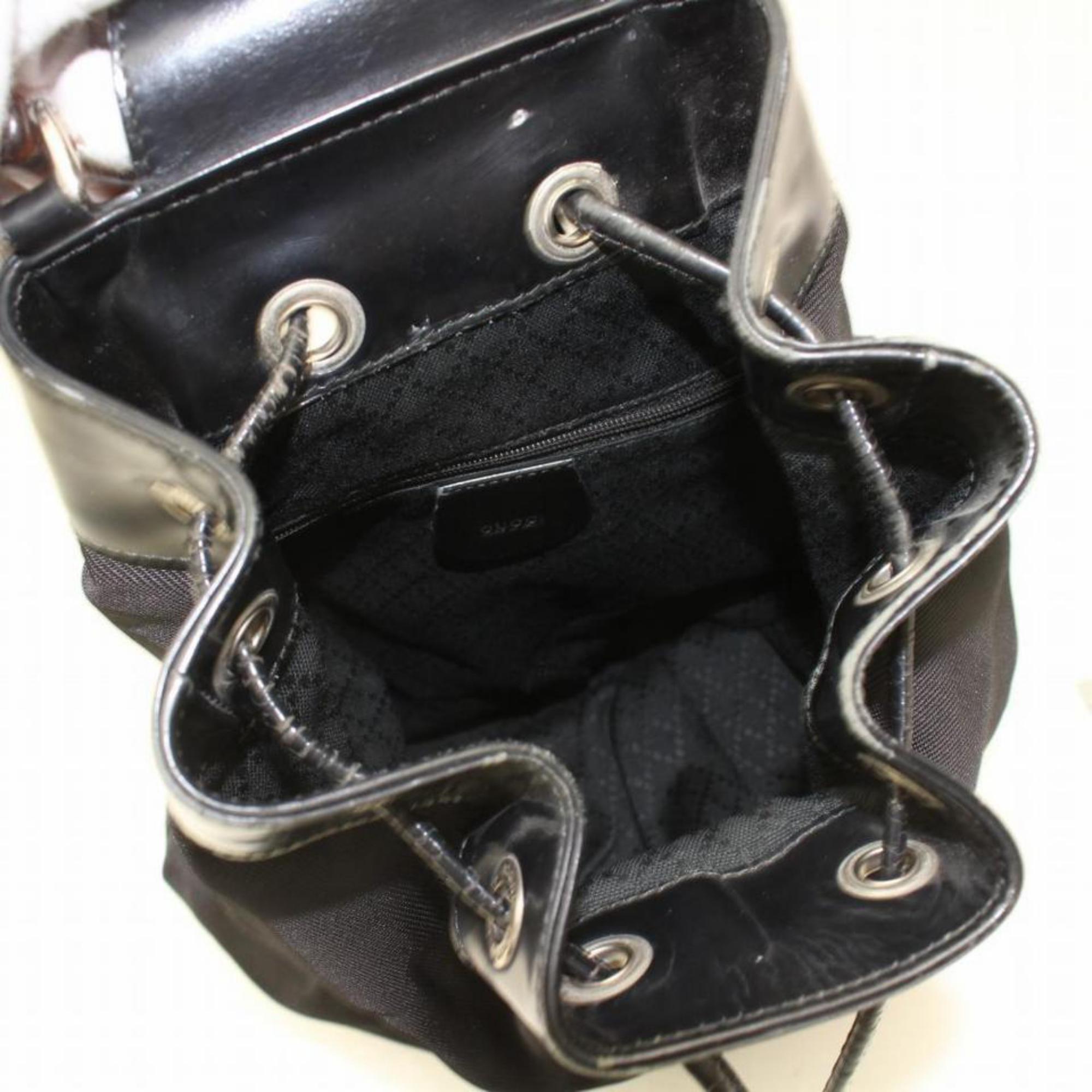 f0a68b93b98 Gucci Bamboo Drawstring Bucket Sling Backpack 869292 Black Nylon Shoulder  Bag For Sale at 1stdibs