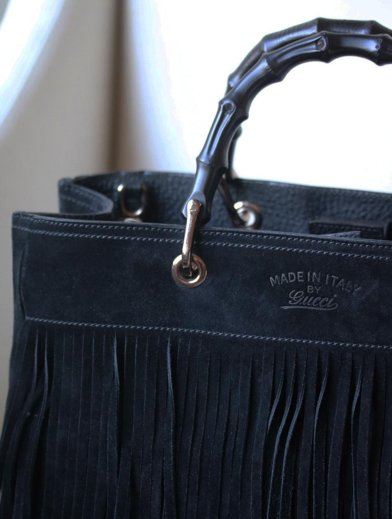 Gucci Bamboo Shopper Medium Fringed Suede Tote Bag In Excellent Condition For Sale In London, GB