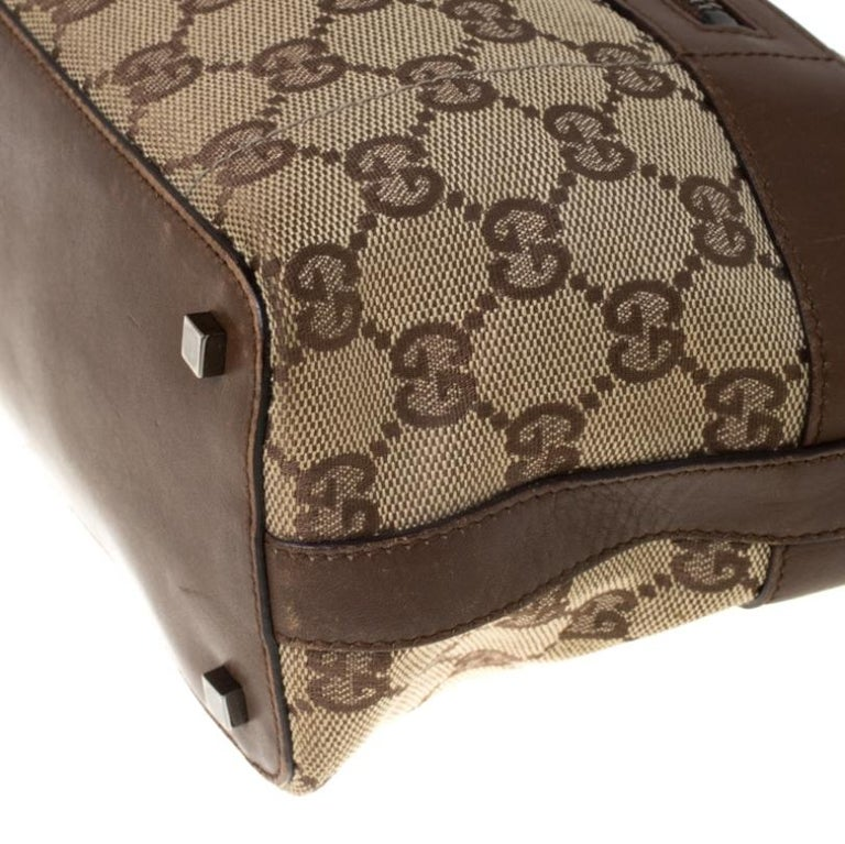 Gucci Beige/Brown GG Canvas and Leather Front Zip Shoulder Bag For Sale 3