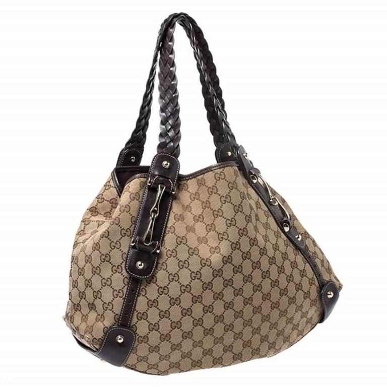 Women's Gucci Beige/Brown GG Canvas and Leather Medium Pelham Shoulder Bag For Sale
