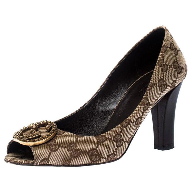 Gucci Beige/Brown Monogram Canvas GG Peep Toe Pumps Size 38