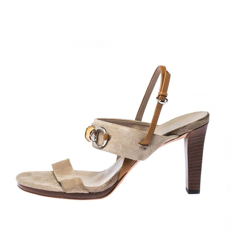 Gucci Beige Canvas Bamboo Horsebit Slingback Sandals Size 40 For Sale 2
