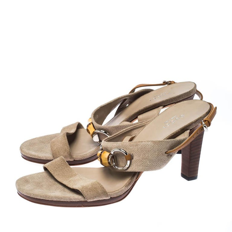 Gucci Beige Canvas Bamboo Horsebit Slingback Sandals Size 40 For Sale 3