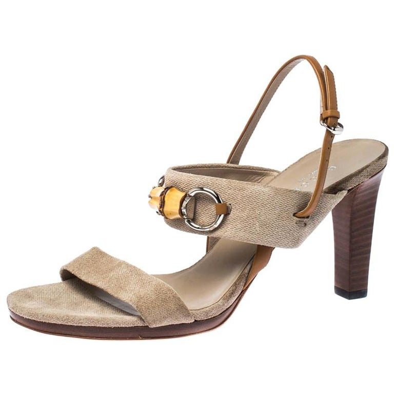 Gucci Beige Canvas Bamboo Horsebit Slingback Sandals Size 40 For Sale